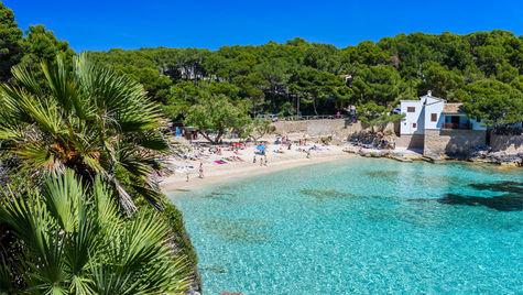 Cala Ratjada på Mallorca är en av Apollos nyheter. Det ser riktigt lockande ut!
