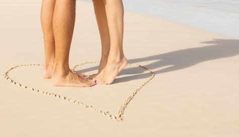 Drömmen för många, ett strandbröllop.