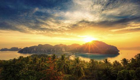 Utsikt över Phi Phi i Thailand.